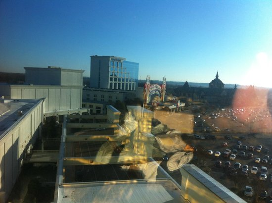 Gold Strike Casino Resort: Bad shot but view from room