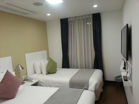 N Fourseason Seoul: Twin Room