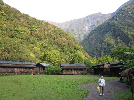 Leader Village Taroko: les chalets dans le cirque de montagne