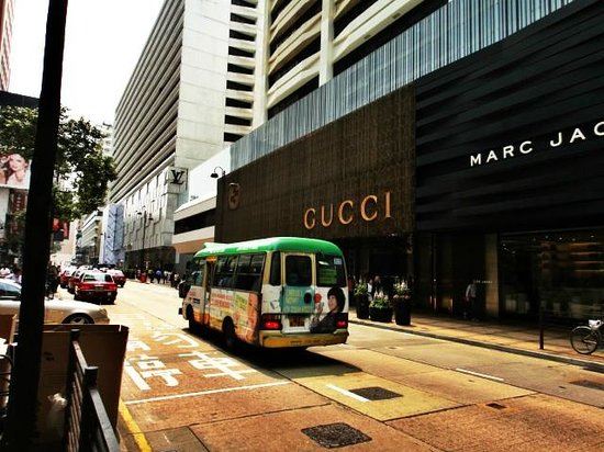 Harbour City Shopping Mall : Harbour City-home of luxurious brands, spottless and beautiful BUT not for those on average inco