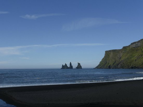 Black sand beach - view to west
