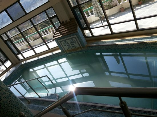 Sandhya Hot Spring Health Care: Hot Water Pool