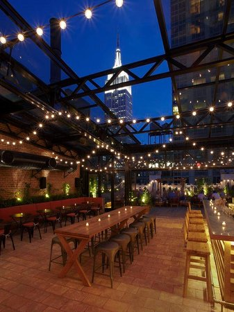 Refinery Hotel: Refinery Rooftop Bar