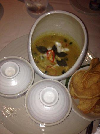 Dusit Thani Abu Dhabi : Thai Green Curry - room service