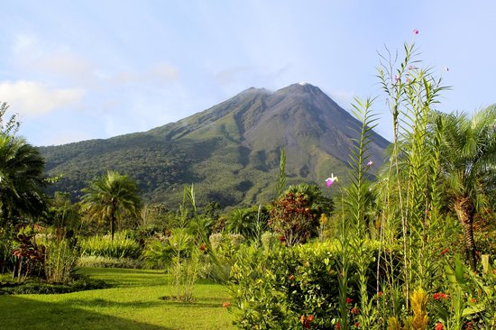 Pacific Trade Winds: Arenal Volcano our front porch view room 214