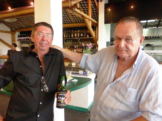 Meads Beach Bar & Grill: Brian Hughey and Warren Mead