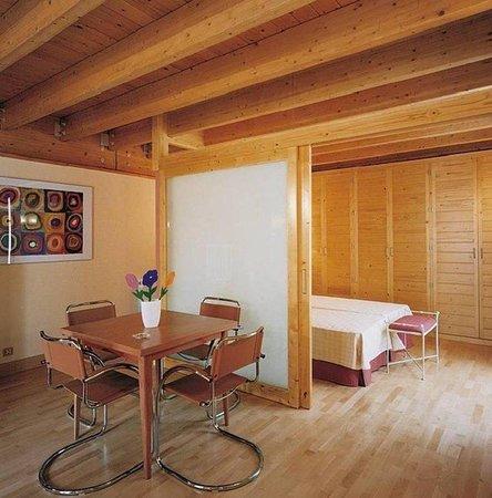 Apartamentos Ojeda: Guest Room