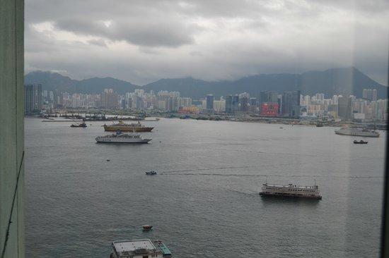 Ibis Hong Kong North Point : Вид из окна