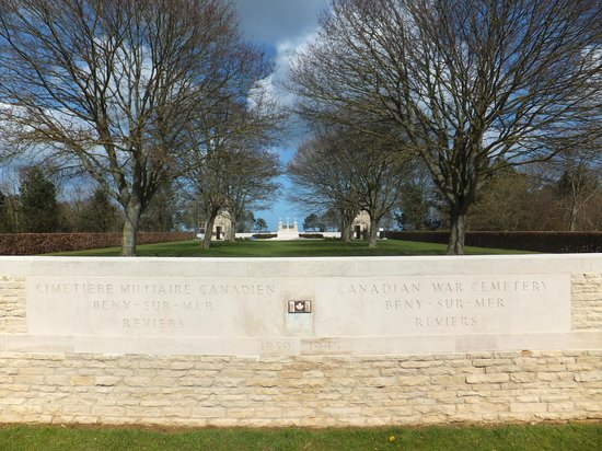 Beny-sur-Mer Canadian War Cemetery : Freedom soon will come.....