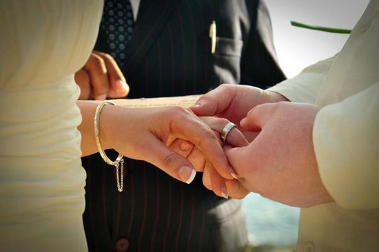 Coral Cove Resort : We embrace a happy union
