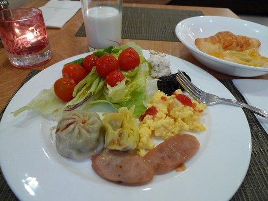 Doulos Hotel: 朝食2