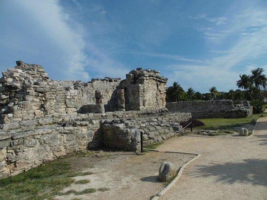 Bleu Magic Raiatea: Mayan Ruins