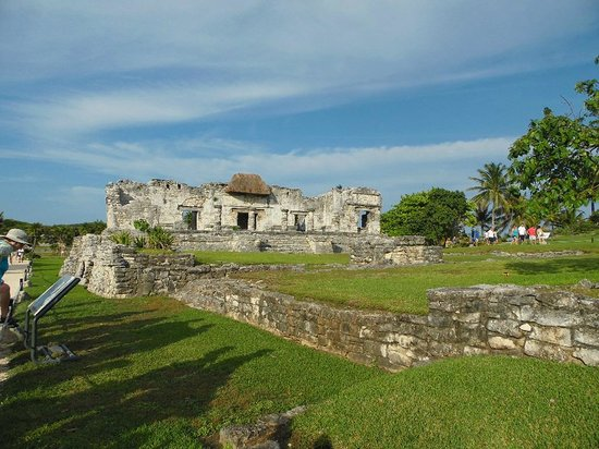 Bleu Magic Raiatea: Mayan Ruins