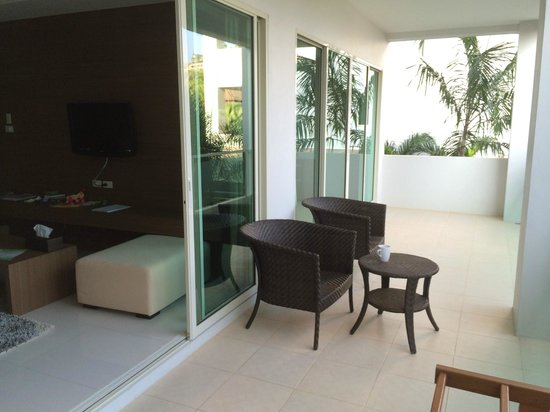 Bangtao Tropical Residence Resort & Spa: Balcony of living room and master bedroom