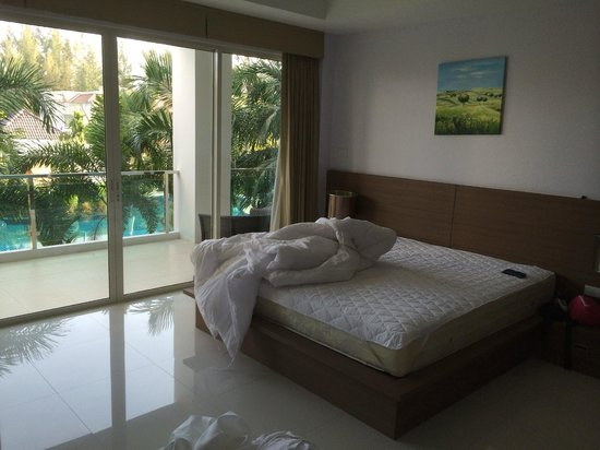 Bangtao Tropical Residence Resort & Spa: Second bedroom (sorry for the mess:-))