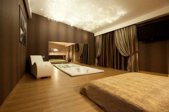 Hotel Motel Prestige: Camera Suite
