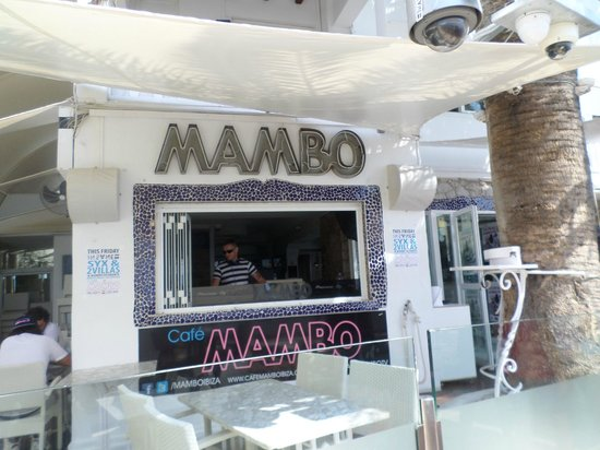 Cafe Mambo : DJ view from table
