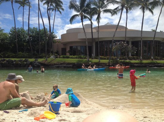 Kohala Suites by Hilton Grand Vacations : The bay