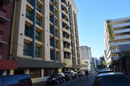 Hotel Ambassador : facade hotel