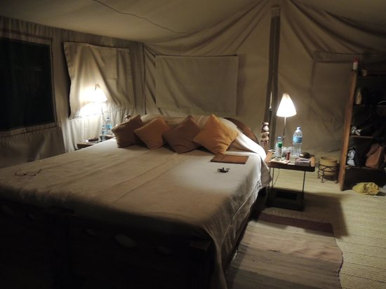 Kisima Ngeda Tented Camp : interno tenda