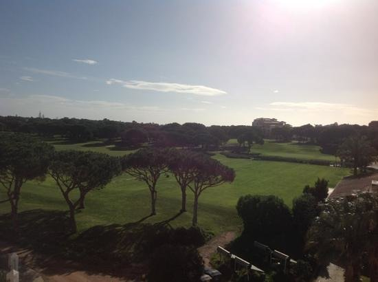 Hilton Vilamoura As Cascatas Golf Resort & Spa: View of golf course from our balcony