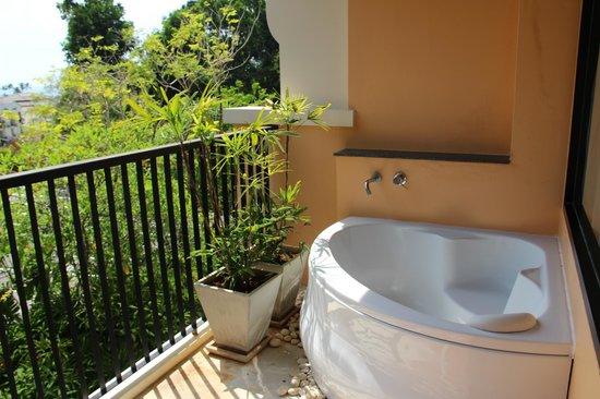 Aonang Cliff Beach Resort: Балкон