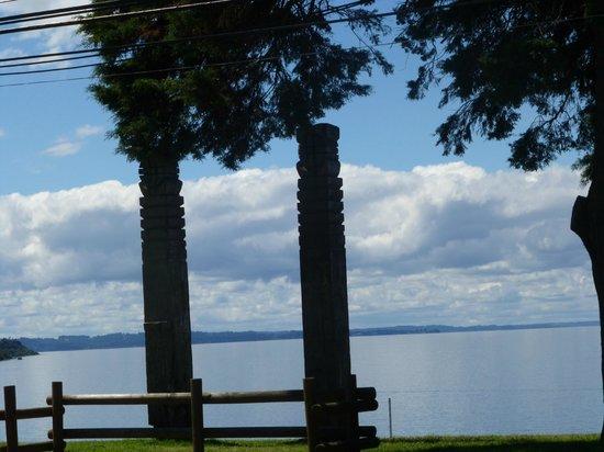 Suenos de Sur: View of Lago Llanquihue
