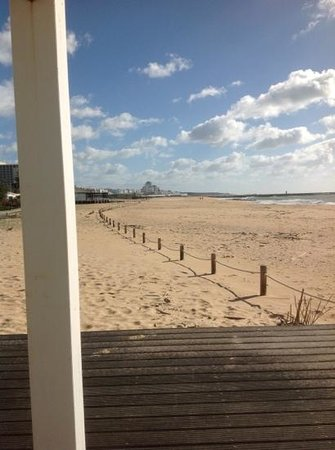 Hilton Vilamoura As Cascatas Golf Resort & Spa: Beach view