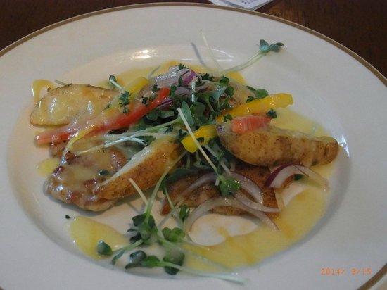 Bakery Restaurant Saint Marc Chofu Jindaiji: choice of chicken