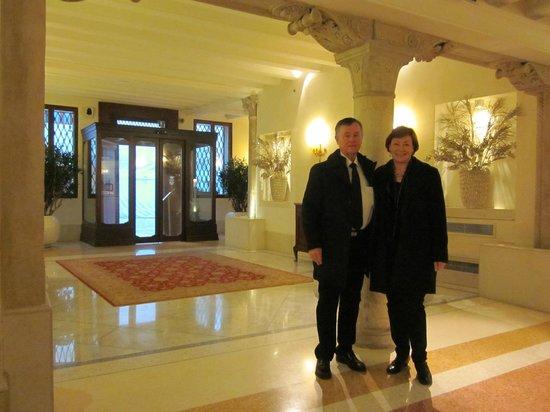 Hotel Ai Reali : Hotel foyer