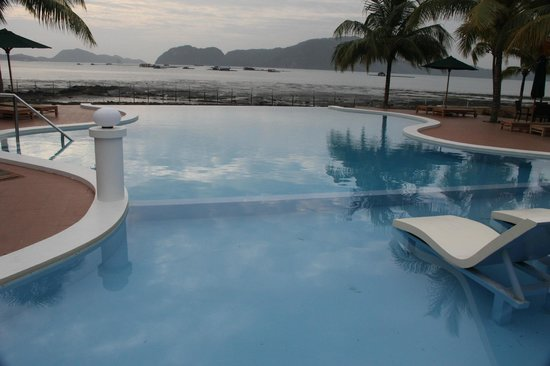 The Ocean Residence Langkawi: Swimming pool