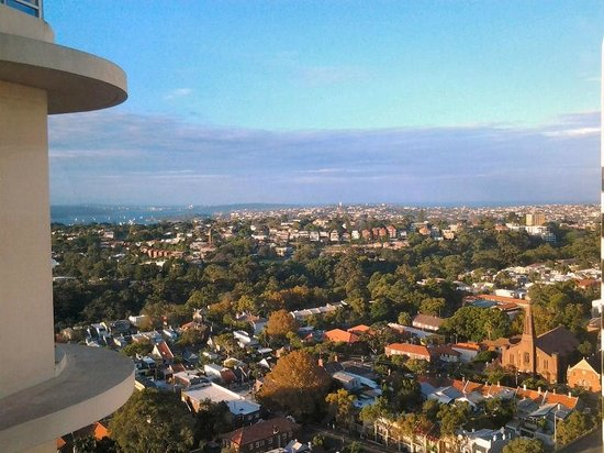 Meriton Serviced Apartments Bondi Junction : View.Towards Sydney Heads