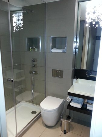 The Hide London: Bathroom