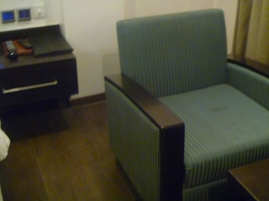 Hotel Godwin Deluxe : Chair with slight stain-nothing too bad