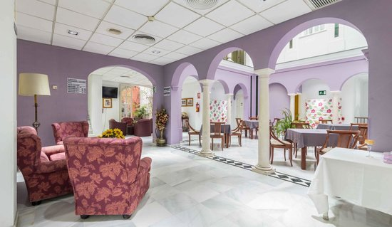 普拉特利亞餐飲飯店照片