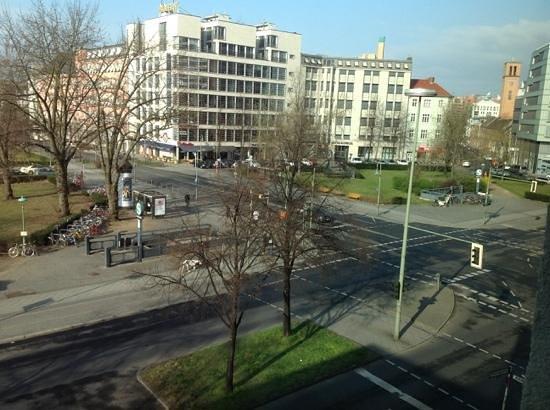 Novotel Suites Berlin City Potsdamer Platz: вид из номера 3 этаж