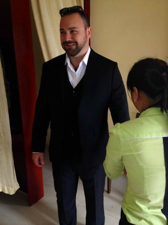 Kimmy Custom Tailor : Looking good in a suit during fitting.