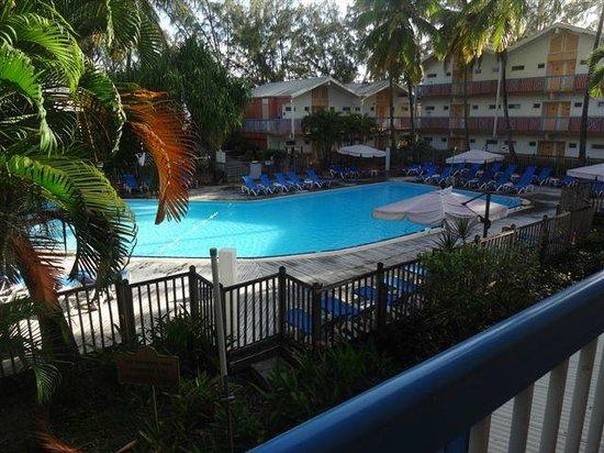 Carayou Hotel & Spa: VUE PISCINE