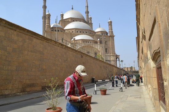 Egypt Tailor Made Day Tours : Massimo waiting for us to get ready for the Citadel and Mohammad Ali's Mosque