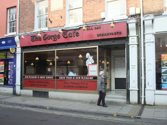 The Gorge Cafe: Outside the cafe