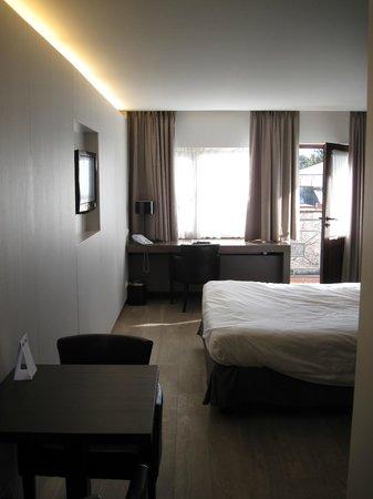 Flanders Hotel : Room 111