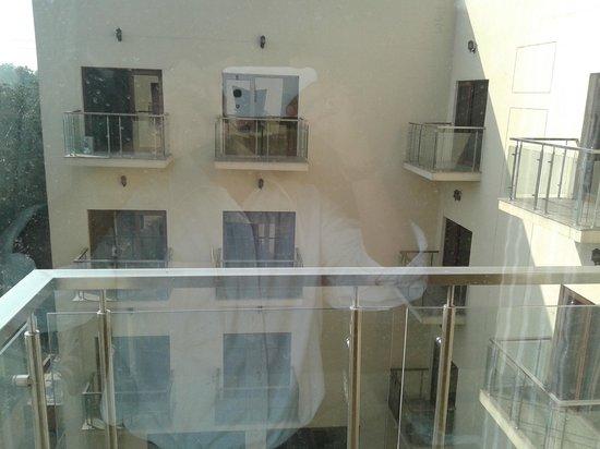Hotel Jivitesh : Room's balcony