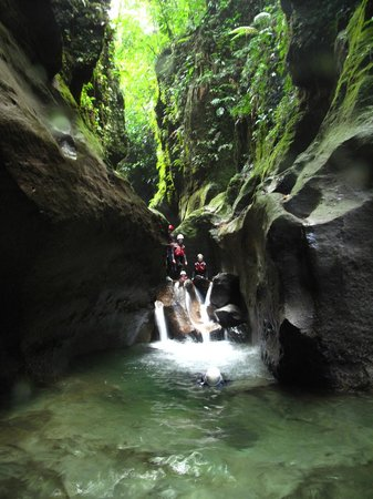 Extreme Dominica Canyoning: Beautiful Dominica