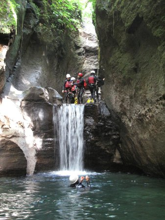 Extreme Dominica Canyoning: Just jump :)