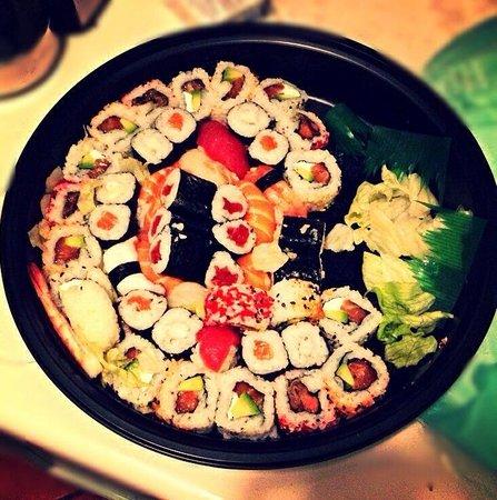 Il Sushivendolo: Vassoio take away sushi mix! Spettacolare!!