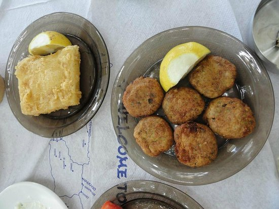Waves on the Rock: saganaki and courgette balls