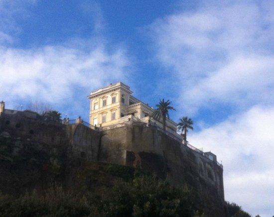 Villa Terrazza : Villa vue du port