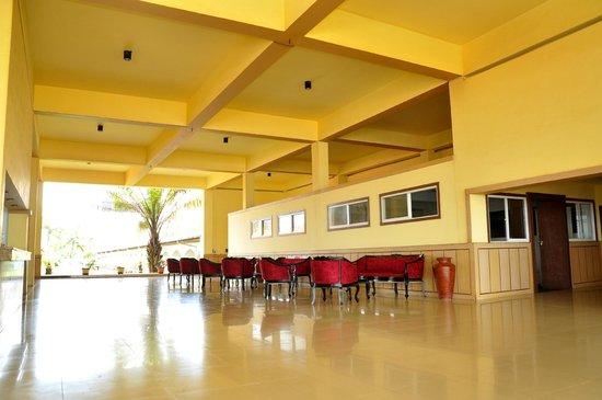 Hotel Honors Club: nice lobby