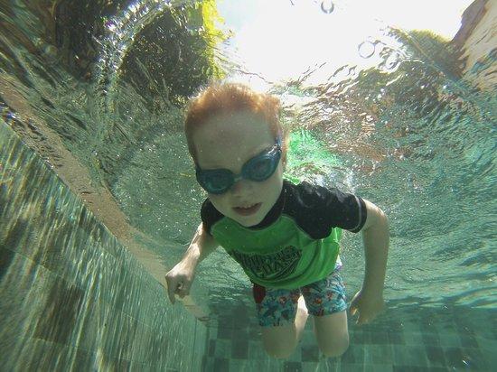 Villa Besar: swimming