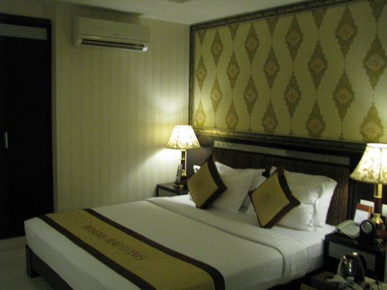 Alagon Central Hotel & Spa: Bed